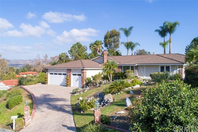 Single Family Home for Sale at 264 S. Owens Drive 264 S. Owens Drive Anaheim Hills, California,92808 United States