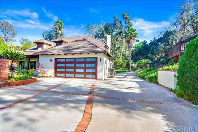 Single Family Home for Sale at 220 S. Country Hill Road 220 S. Country Hill Road Anaheim Hills, California,92808 United States