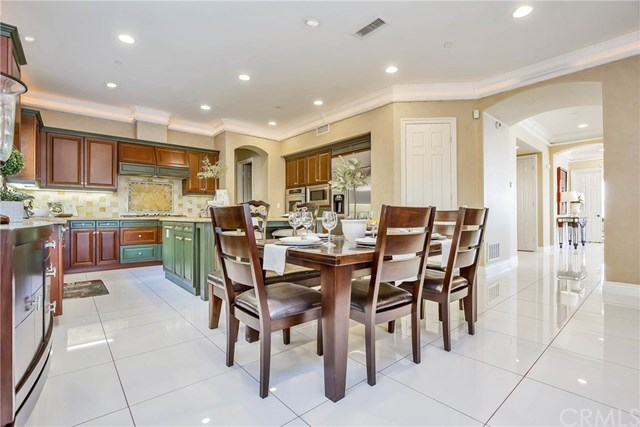 Additional photo for property listing at 21661 Casino Ridge Road 21661 Casino Ridge Road Yorba Linda, Califórnia,92887 Estados Unidos