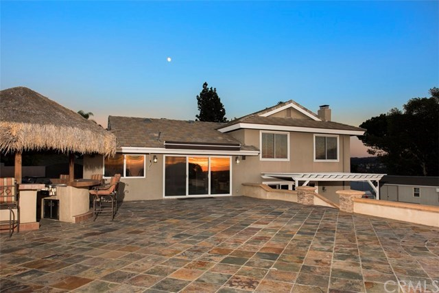 Additional photo for property listing at 6391 Fairlynn Boulevard  Yorba Linda, California,92886 United States