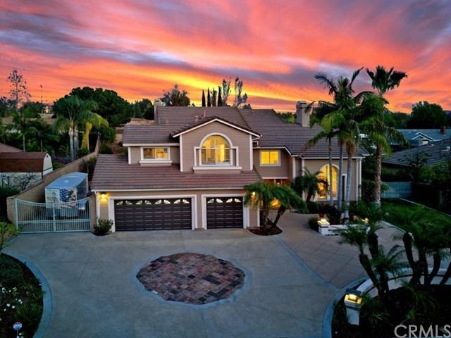 Casa Unifamiliar por un Venta en 18530 Flora Drive 18530 Flora Drive Yorba Linda, California,92886 Estados Unidos