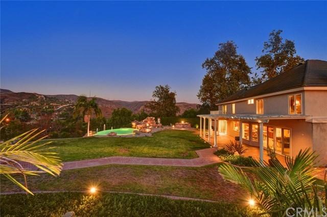 Casa Unifamiliar por un Venta en 21145 Ridge Park Drive 21145 Ridge Park Drive Yorba Linda, California,92886 Estados Unidos