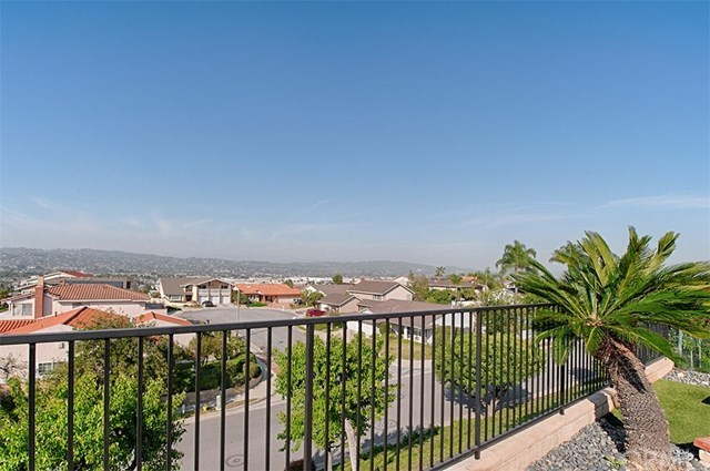 Additional photo for property listing at 291 Avenida Santa Dorotea  La Habra, Californie,90631 États-Unis