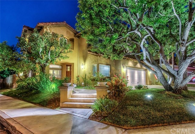 Single Family for Sale at 2725 Finley Tustin, California 92782 United States